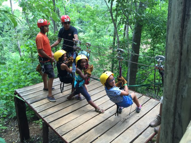 fgg_costa-rica-2015_zip-line-kids