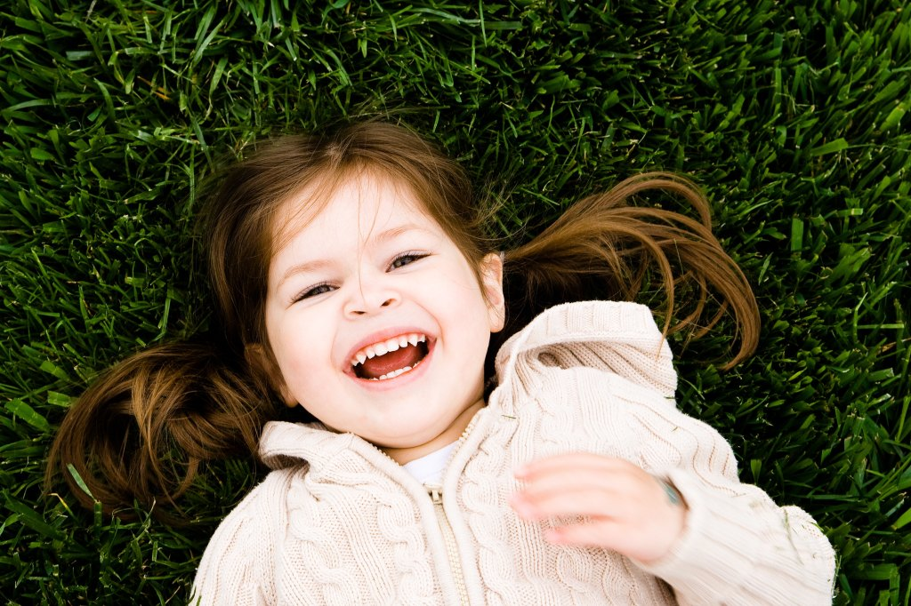 funny jokes for kids girl laughing kid fun humor