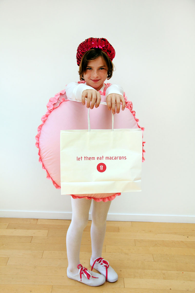 15 Halloween Costumes You Can Make With Amazon Boxes