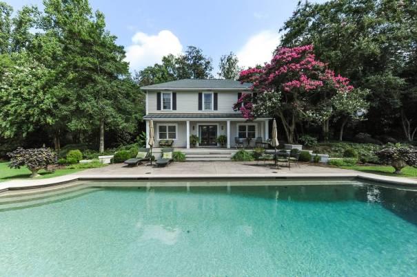 airbnb atlanta mini mansion with pool