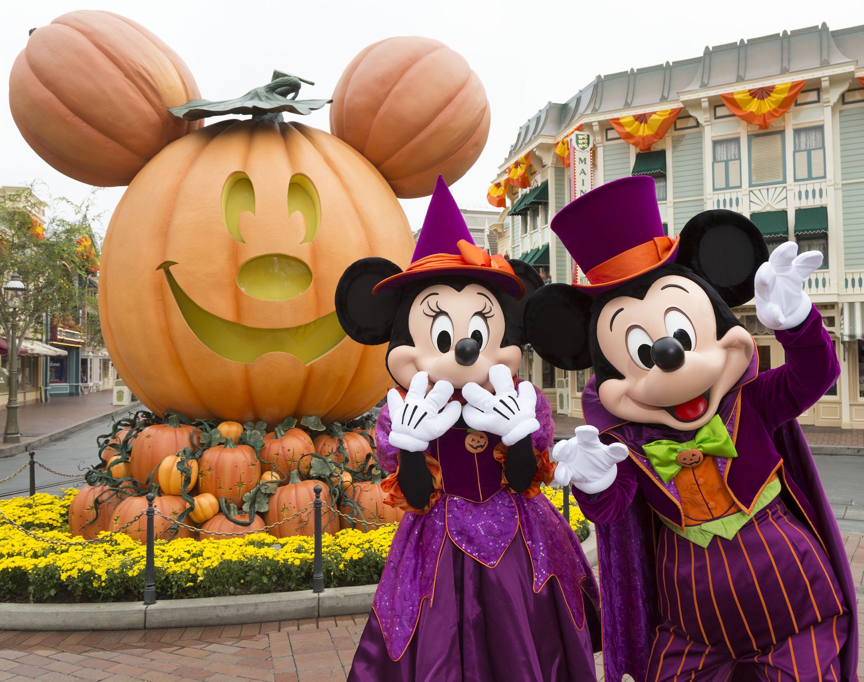 mickey minnie halloween 09 16 dl 1233.