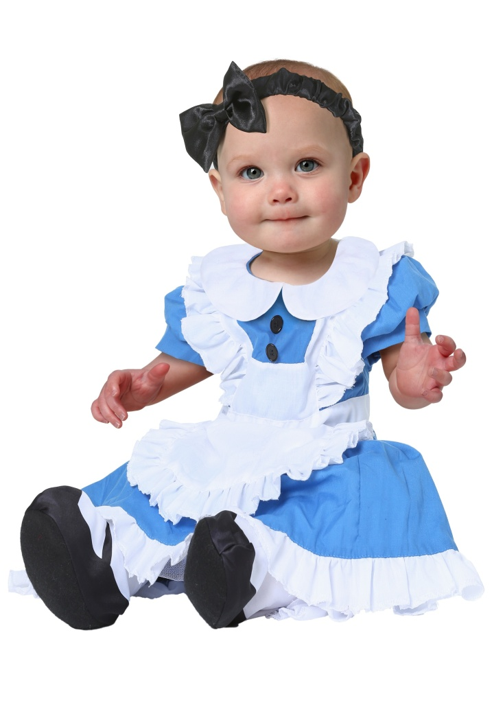 20 Halloween Costumes For Twins Older Siblings Parents Too