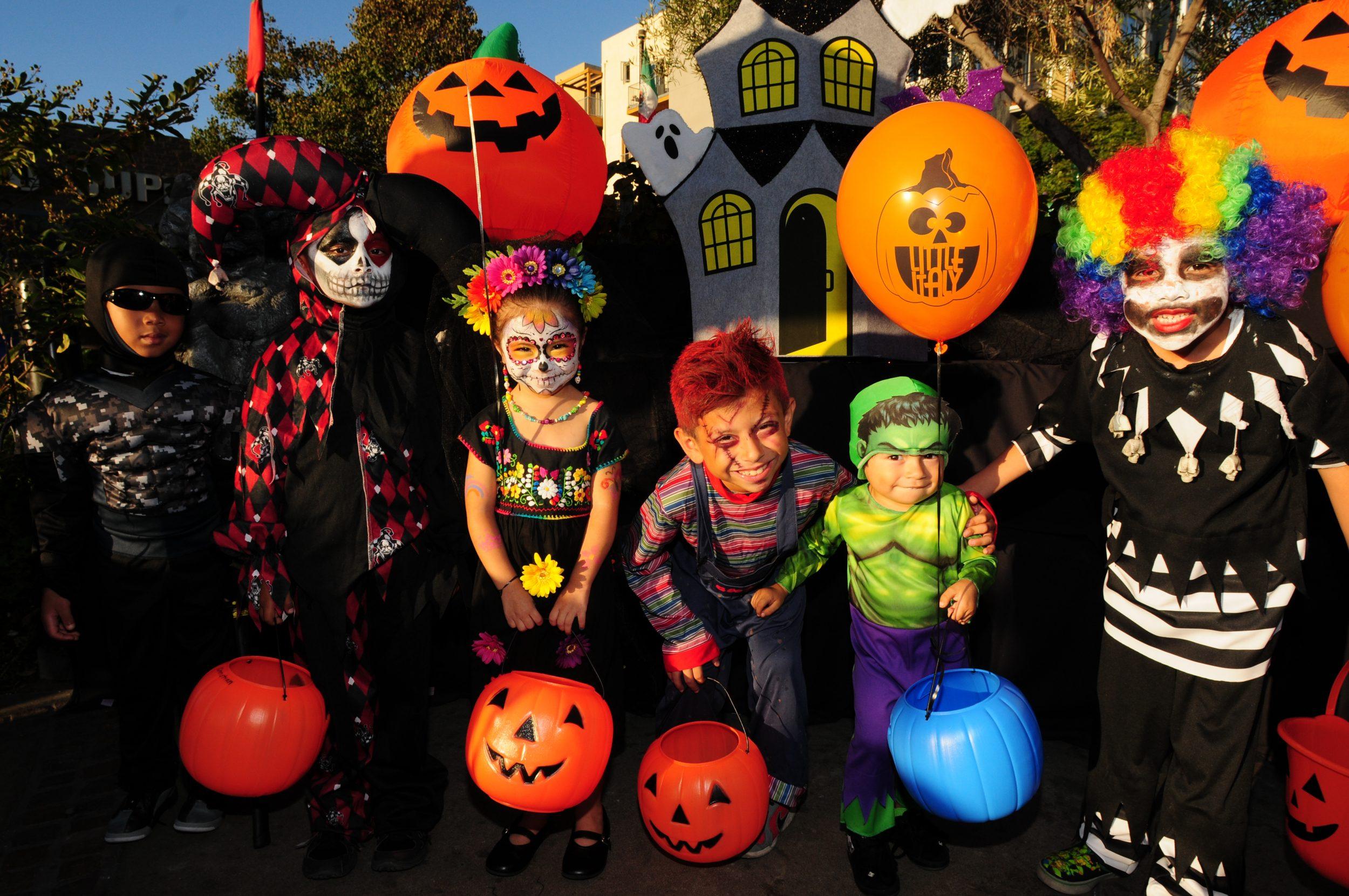 West Seattle Kid Halloween 2020 Best Trick or Treat Spots and Halloween Activities in Seattle, WA