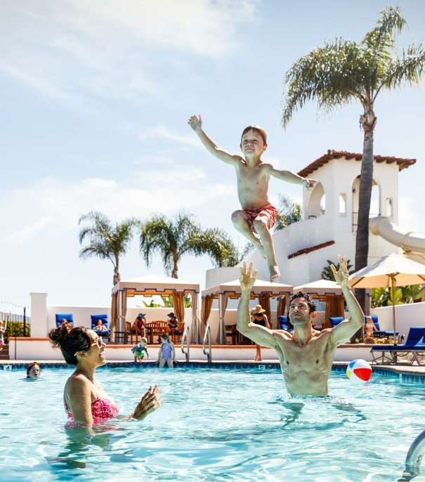 Resort Pass To The Best Hotel Pools In San Diego Ca