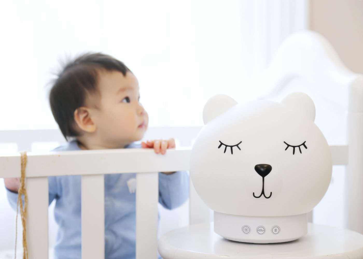 Baby Sound Machine,White Noise Machine for Sleeping,Portable Rechargeable Sleep Soothing Machine with Clorful Night Light,15 Sounds/&lullabies and Cry Sensor,Shape for Infant,Baby,Kid