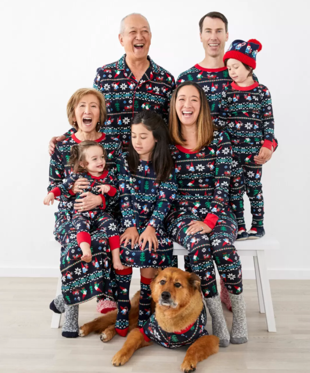 21 Family Photo Ideas You Can Totally Pull Off