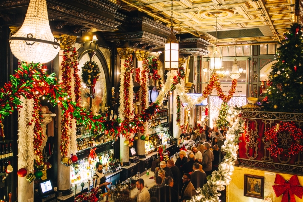 Christmas Decorated Restaurants NYC: Where to Eat in NYC