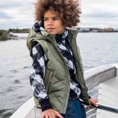 kids jacket, kid on boat